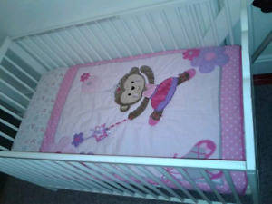 Ikea Crib (Convertible into toddler)