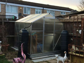 6 x6 ft polycarbonate greenhouse with extras