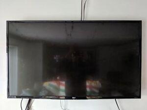 """LG 43"""" UHD 4k TV"""