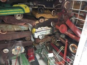 Toys wanted!!  Pedal car, wagon, scooter , tin toy etc London Ontario image 2