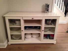 White sideboard perfect condition