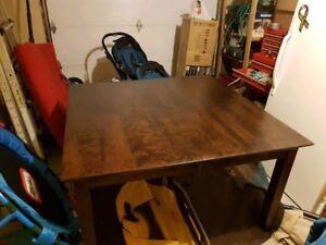 Table carré 54x54 pouces pour la cuisine