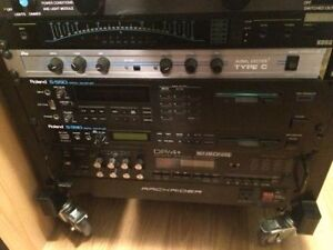 Samplers Roland S-330 S-550