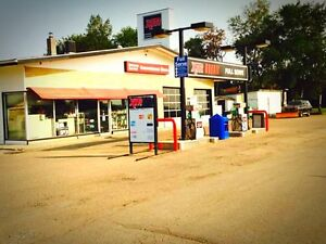 Gas Station for sale, Convenience Store, Tire Shop, 4 bed house
