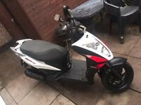 Kymco Agility 125RS 800 quids !