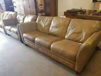 Large brown leather 2and 3 seater sofa suite