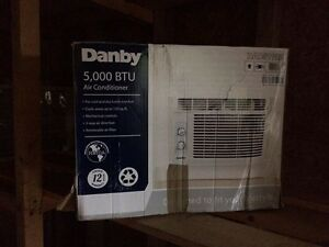 2 air window conditioners