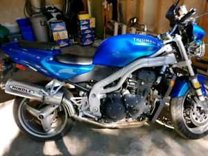 Triumph Triple Speed for trade