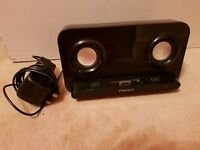 Iphone 4 stereo/docking station
