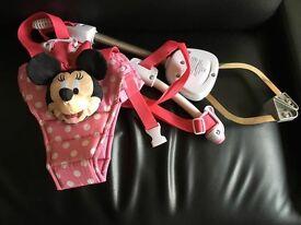 Munchkin Disney Minnie Mouse door bouncer.
