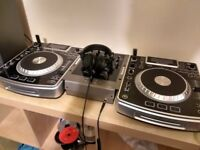 Numark NDX800 DJ Decks/CDJ USB Media Players with Mixer