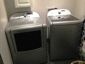 Cabrio washer/dryer set