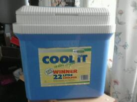 22l cool box by gio style