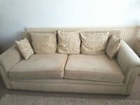 Large 4 Seater Sofa L 8' W 3'6 H 2'9 Collection CO15 2NA £30