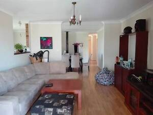 Room for for rent 140pw bills and internet included no bond Spearwood Cockburn Area Preview