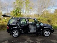 LOW MILEAGE!! Mercedes-Benz ML320 4x4 **77000 MILES**YEARS MOT**Leather**Well worth a look**