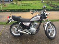Huoniao 125cc motorbike - 66 Plate 2016 - Less than 100 miles!