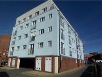 Perfect 1 bedroom apartment suitable for couples or a single person- AVAILABLE NOW