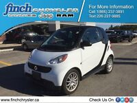 2013 Smart fortwo pure***Extended Warranty*** Winter Tires