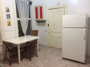8.5- 5BR Lease Transfer - May 1 (NEGOTIABLE),  FURNISHED Plateau