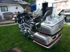 Goldwing 1999 ..1500se 50th Anniversary SELL OR TRADES