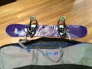 Women's Snowboard FOR SALE