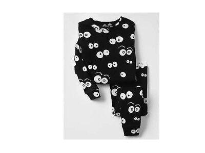 New Boy's Black Spooky Eyes Glow in the Dark Sleep Set Pajamas Halloween Gap Kid](Glow In The Dark Halloween Eyes)