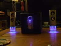 Set of Advent 2.1 Computer Speakers with Sub-Woofer