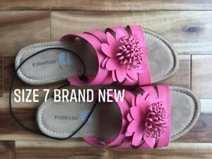 Pink Flower Sandals Size 7 New