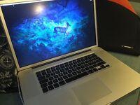 Apple MacBook Pro 17 inch 2011