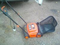 Black and decker scariffier