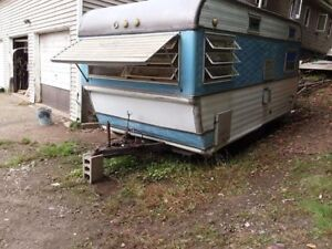 SOLD!!!! Vintage 1972s 15 foot camper
