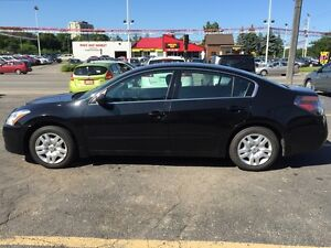 2012 Nissan Altima LOW K CRUISER, MEGA VALUE PRICED TO GO!! Kitchener / Waterloo Kitchener Area image 2