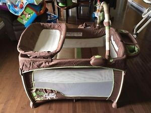Pack N Play PLAYPEN with Bassinet St. John's Newfoundland image 2