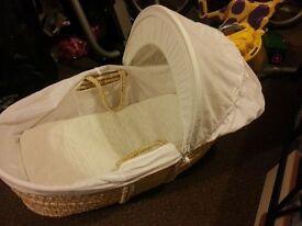 Unisex White Moses basket