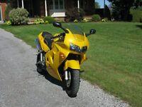 1999 Honda VFR 800