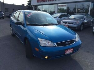 2007 Ford Focus LOW KM,SUNROOF,LEATHER,PW PL PM EXTRA TIERS,MINT