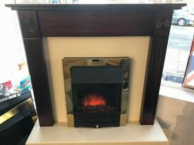 Full Electric Fire & Surround with 3 heating Settings very nice smart clean can deliver