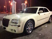 2008 Chrysler 300-Series LIMITED - MINT CONDITION NAVI