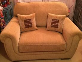 Priced for a quick sale and collection - 3 piece gold chenille suite in excellent condition.