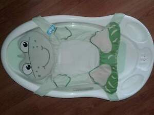 Infant tub and bouncer chair