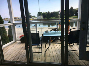 Meaford Harbour 3 bedroom condo for MATURE RENTERS ONLY
