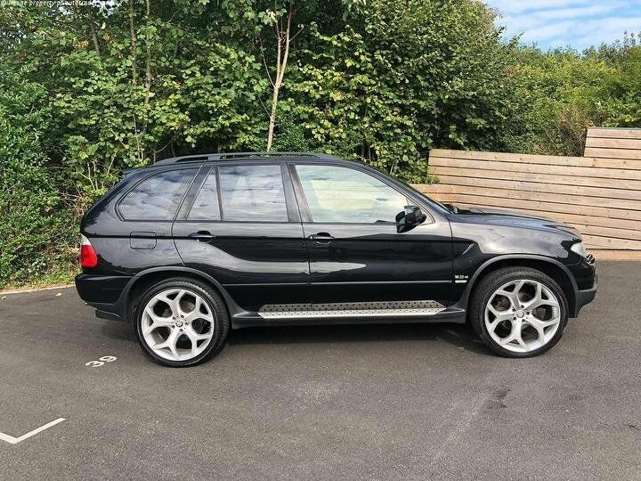bmw x5 e53 2005 facelift fully loaded black sport. Black Bedroom Furniture Sets. Home Design Ideas