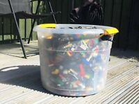 Lego x 10Kg from various sets including Star Wars, Pirates of the Caribean and loads more