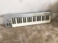 M-Audio Keyststion 49e in Silver - USB / Midi Controller Keyboard - 49-Key