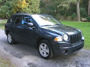 2007 Jeep Compass SPORT 4X4--AMAZING WINTER SUV--CLEAN