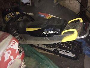 POLARIS 800 2004