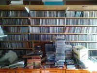 4000 CDS IDEAL FOR CARBOOT OR RE-SELL ON eBay