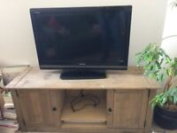 Toshiba Flat Screen Tv with Stand for sale - COLLECTION ONLY - MUST GO