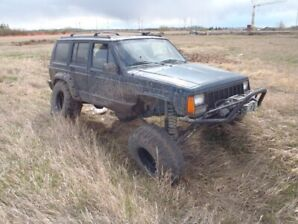 Jeep Cherokee Off Road.
